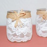 Vases à dentelles