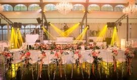 guirande fleurs table d honneur
