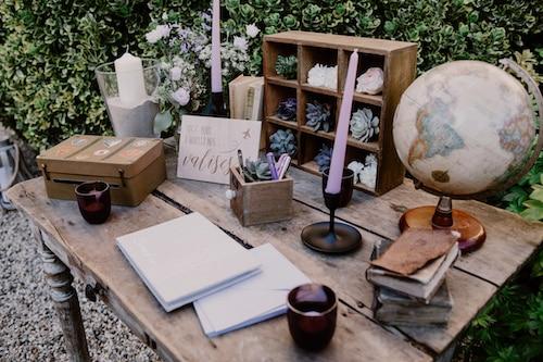 table livre dor rustique